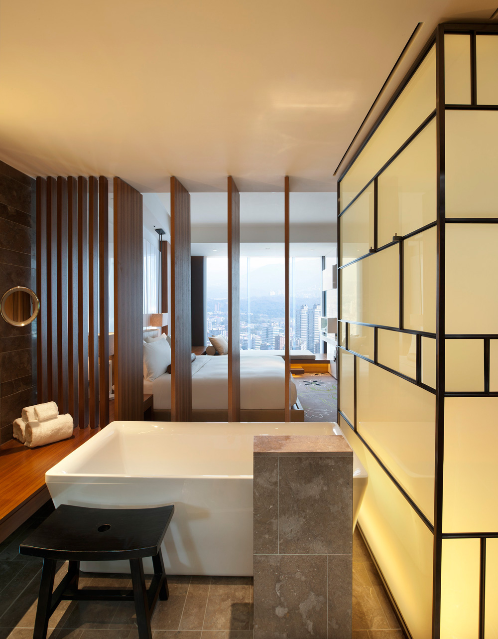 W Hotel Guestrooms in Taipei