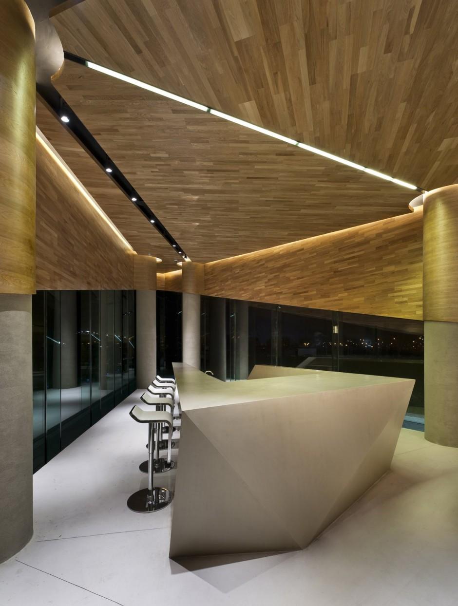 bay sofa theodore alexander reviews vanke triple v gallery by ministry of design