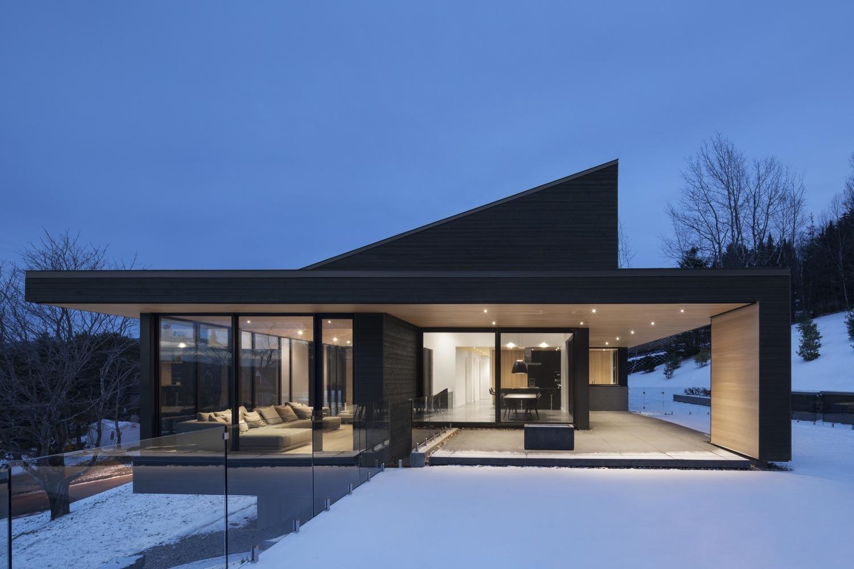 Villa Vingt By Bourgeois Lechasseur Architects Archiscene
