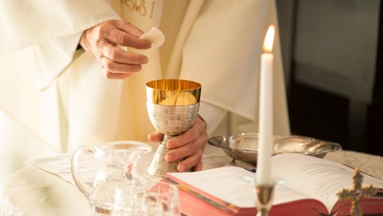 La Archidiócesis de Sevilla publica un decreto sobre las normas en las celebraciones litúrgicas tras el fin del estado de alarma