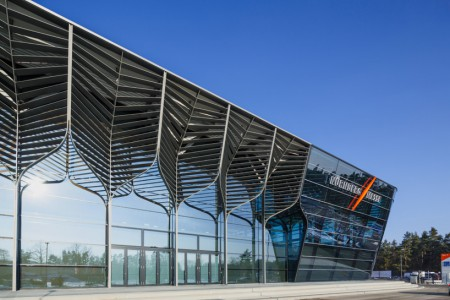zaha-hadid-nurnbergmesse-nuremberg-exhibition-centre-hall-3a-designboom-01