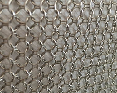 Chain Braid Ring Mesh Gives Room Fantastic Feeling in Soft