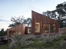 Coherence in division: Two Halves House | Architecture And ...