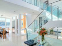 Luxurious Houses With Stunning Architecture And Interior ...
