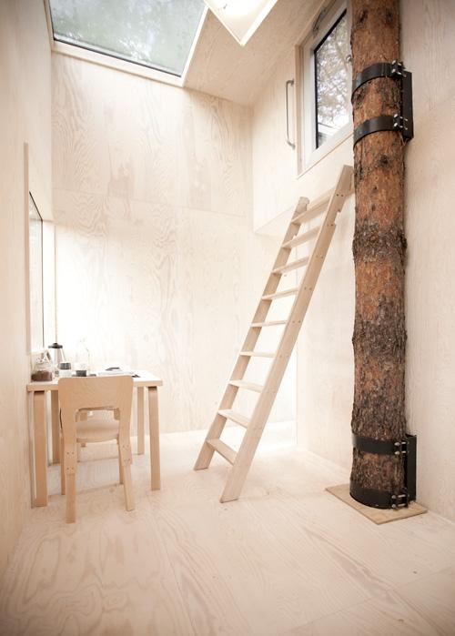 Tree Hotel Mirrorcube Tham  Videgrd Arkitekter