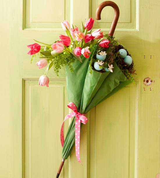 13 DIY Easter and Spring Door Decorations