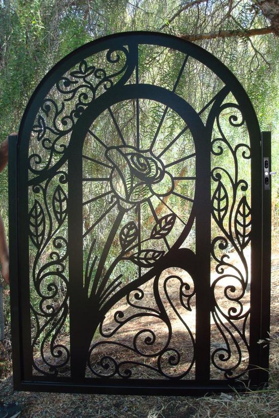Beautiful Garden Gate Ideas