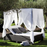 Romantic Canopy Bed Outdoors