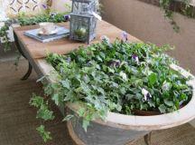 13 DIY Repurposed Bathtubs