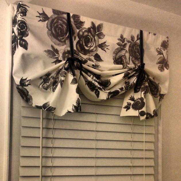 20 BudgetFriendly NoSew DIY Curtains Ideas