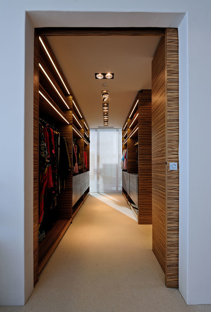 30 Fantastic WalkIn Closet Designs for Your Home Improvement