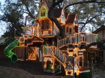 Stunning Tree house For Kids Decorated In The Spirit Of ...