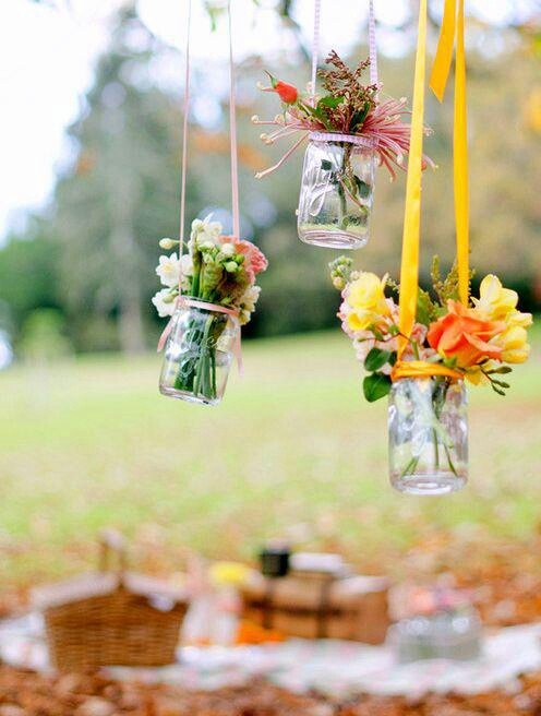 25 Adorable DIY Hanging Mason Jars