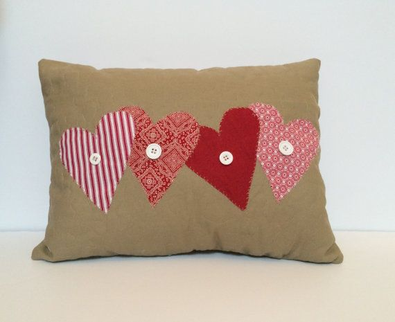 25 Adorable DIY Pillows for Valentines Day