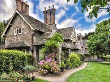 17 Sleek English Cottage House Design Ideas
