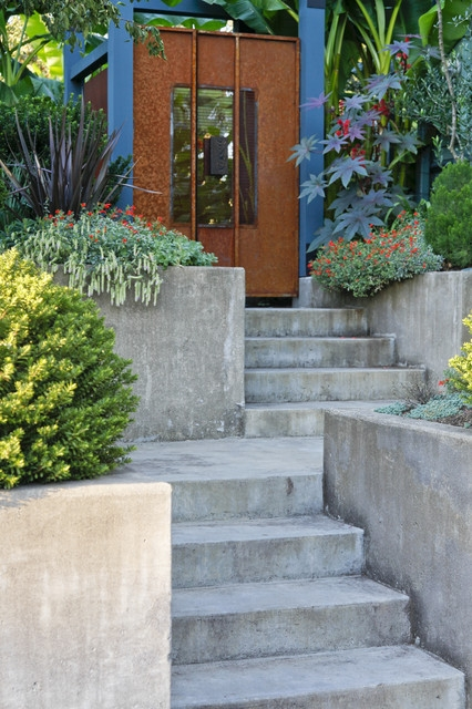 23 Creative Ideas Of Traditional Outdoor Front Entry Steps   Exterior Front Stairs Designs   Curved   Simple   Front Look   Villa   1950 Bungalow