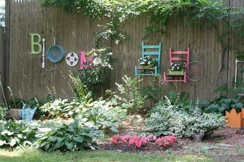 Incredible DIY Garden Fence Wall Art Ideas