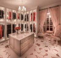 15 Elegant Luxury Walk-In Closet Ideas To Store Your ...