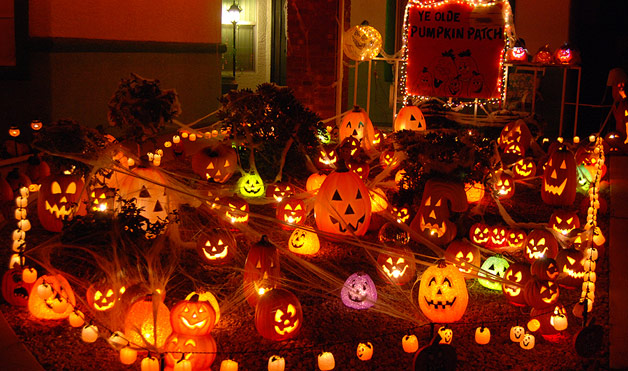 12 Last Minute Amp Super Scary DIY Outdoor Halloween Decorations