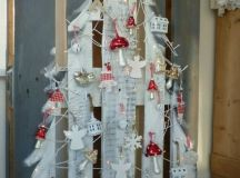 Top 21 The Most Spectacular & Unique DIY Christmas Tree Ideas