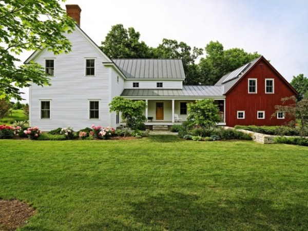aesthetic farmhouse exterior