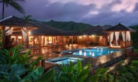 16 Exotic Tropical Swimming Pool Designs For The Ultimate ...