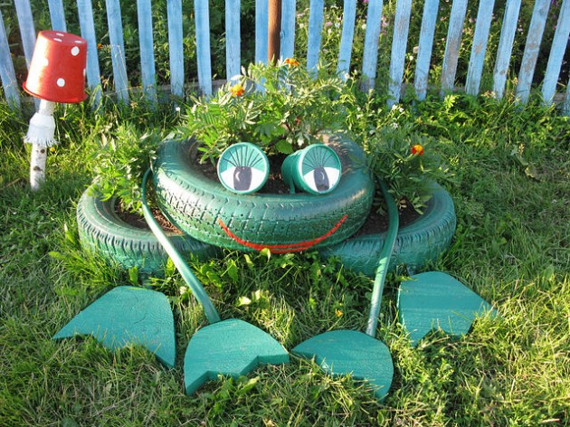Truly Fascinating & Low Budget DIY Garden Art Ideas You Need To