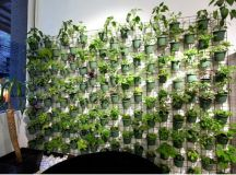 Top 21 The Most Easiest DIY Vertical Garden Ideas With a ...