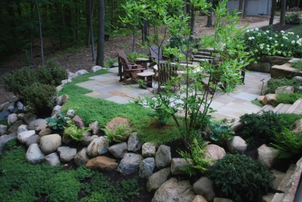 impeccable transitional landscape