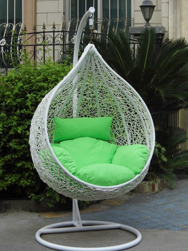 19 Gorgeous Hanging Chair Designs For Extra Pleasure In