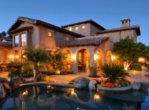 19 Astounding Luxury Mediterranean House Designs You'll ...