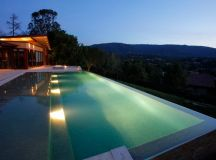 15 Attractive Swimming Pool Lighting Ideas