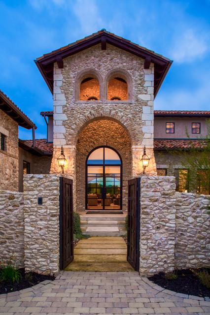 17 Irresistible Mediterranean Entrance Designs That Will