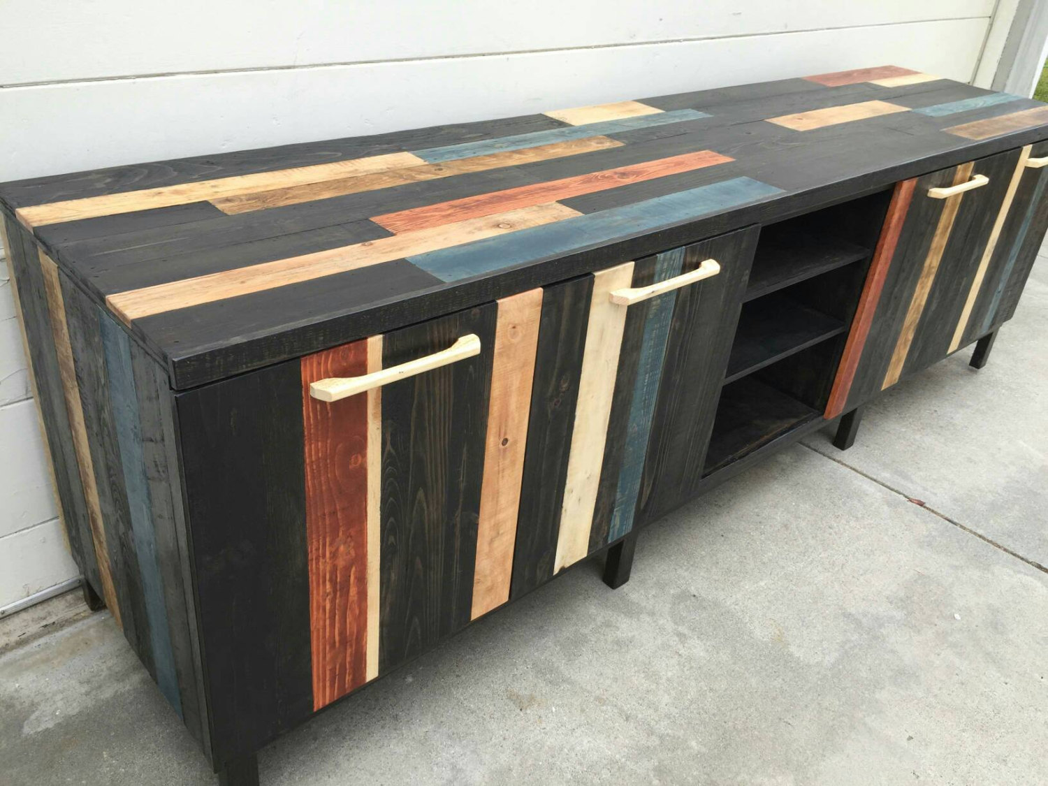 Wooden Pallet Furniture