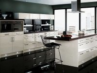 17 Gorgeous Black & White Kitchen Designs For Every Modern ...