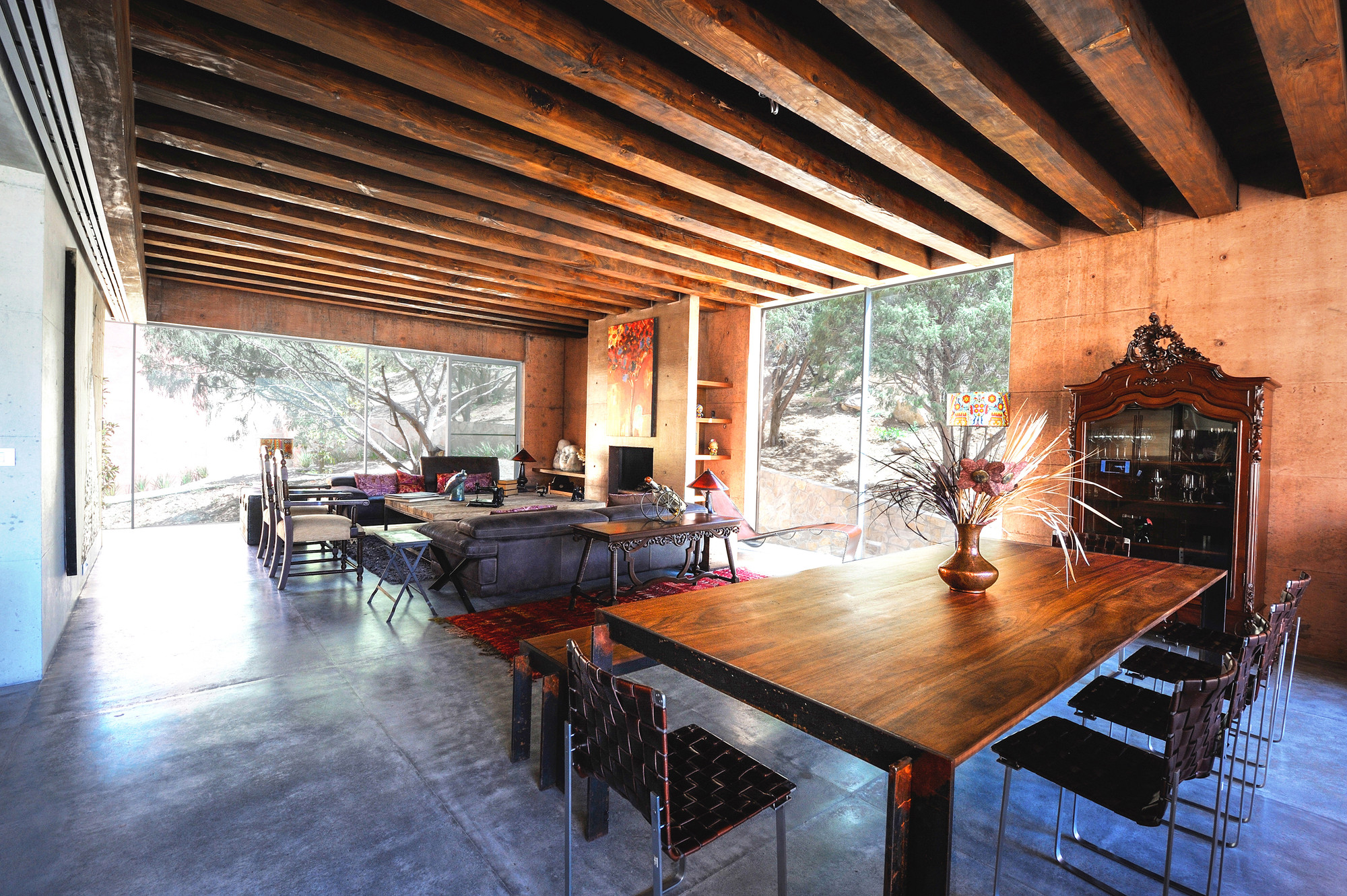 The Contemporary Narigua House in Mexico by P0 Architecture