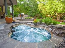 17 Fascinating Outdoor Jacuzzi Designs That Will Take Your ...