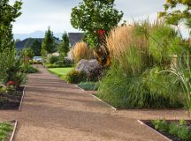 20 Stunning Contemporary Landscape Designs That Will Take ...