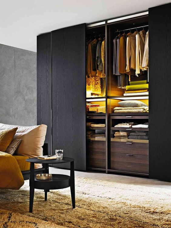 Add some unexpected colors and patterns with your christmas decorations to create fun touches that set the mood for the holidays. 16 Magnificent Closet Designs With Sliding Doors