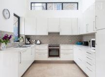 16 Irreplaceable White Kitchen Designs That Abound With ...