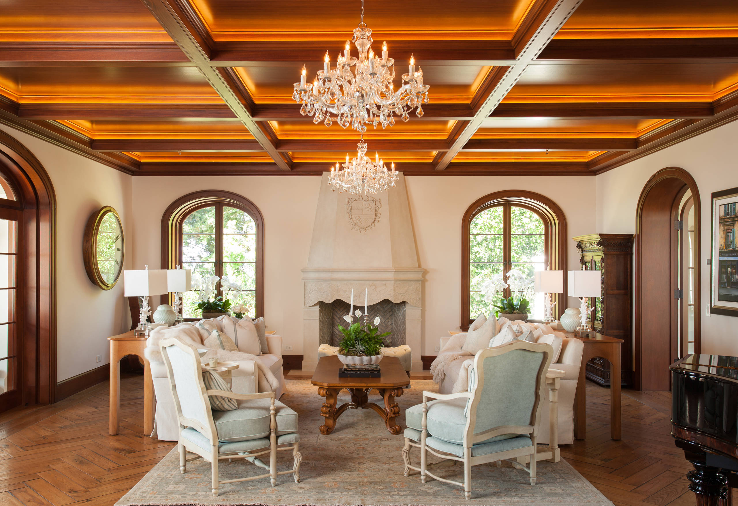 living room in spanish new york bar 15 beautiful mediterranean designs you'll love
