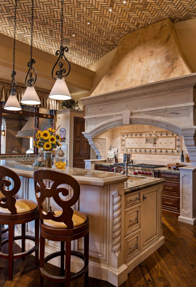 16 Charming Mediterranean Kitchen Designs That Will