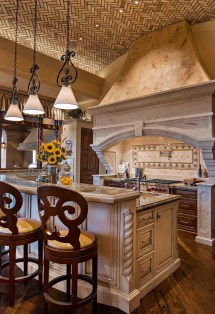 Charming Mediterranean Kitchen Design