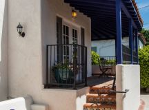 20 Stunning Mediterranean Porch Designs You'll Fall In ...