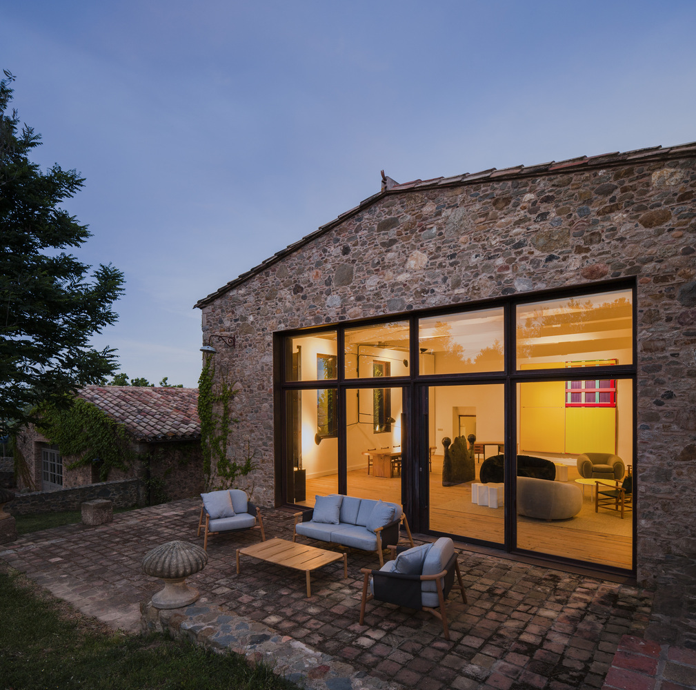 The Fascinating Casa Empord by Rife Design in Girona Spain