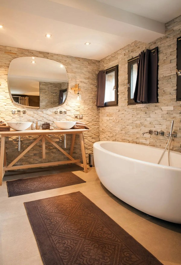 Fantastic Rustic Bathroom Design