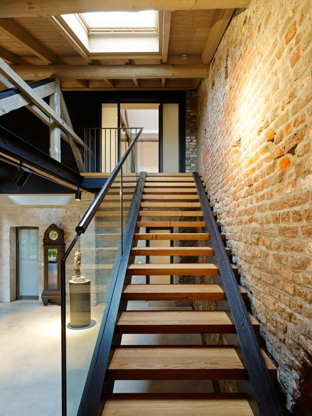 15 Enchanting Rustic Staircase Designs That Youre Going