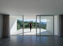 House in Preguicosas by Branco-DelRio Arquitectos in ...