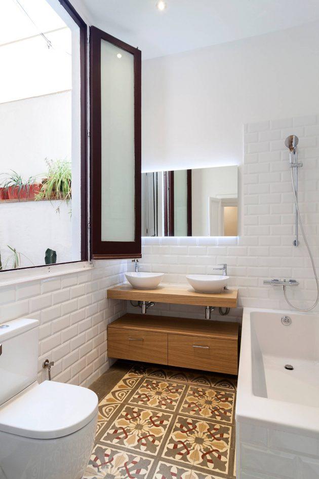 Title 5 Interior Design Tips For A Small Bathroom