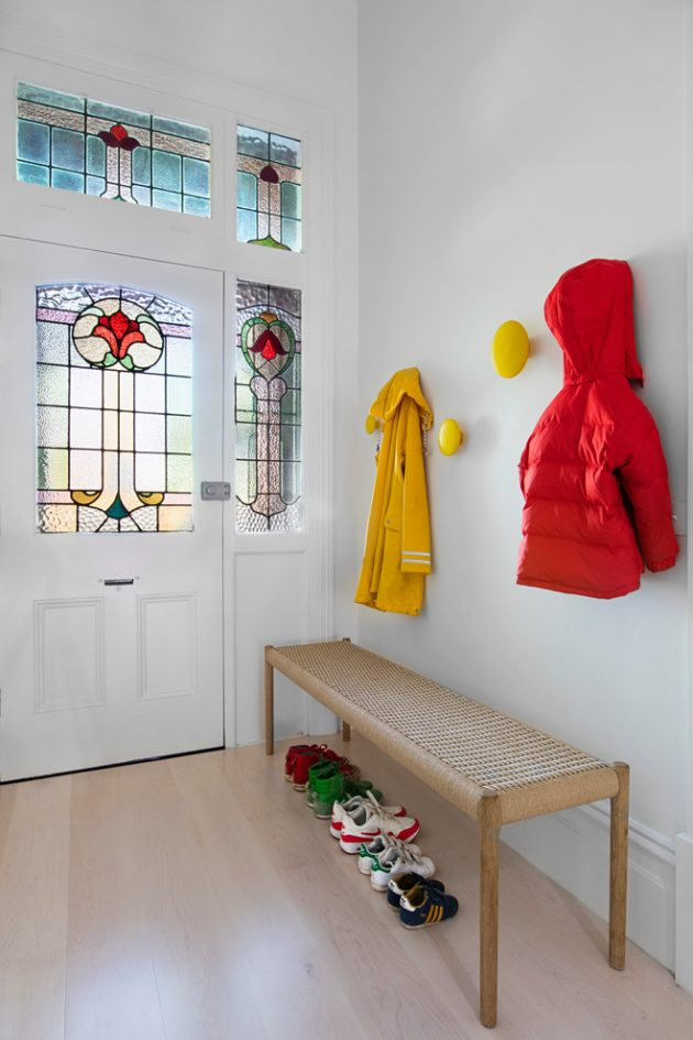 cabin kitchen decor nook bench 15 stunning scandinavian entry hall ideas you're ...